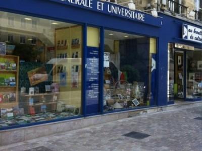 Retrouvez Banquises et Comètes à Caen